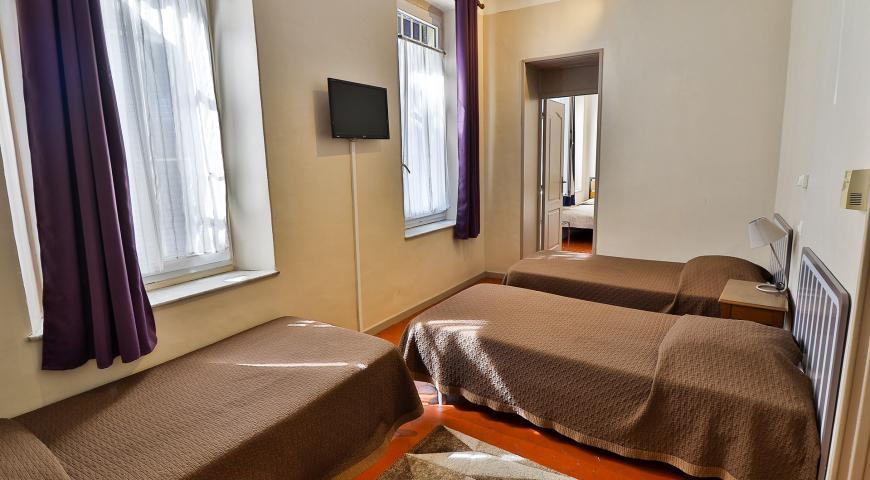 Chambre Contact Hôtel Les Lavandes à LA CIOTAT