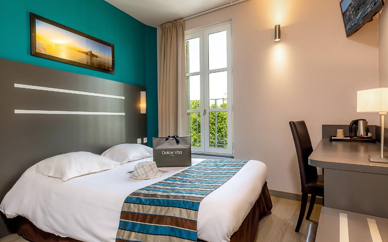Chambre Contact Hôtel TERMINUS Saint Charles à MARSEILLE (1ER ARDT)
