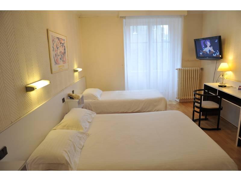 Chambre INTER-HOTEL Nantes Centre Grand Hôtel à NANTES