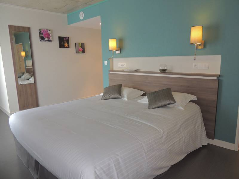 Chambre INTER-HOTEL Rennes Sud La Chaussairie à RENNES