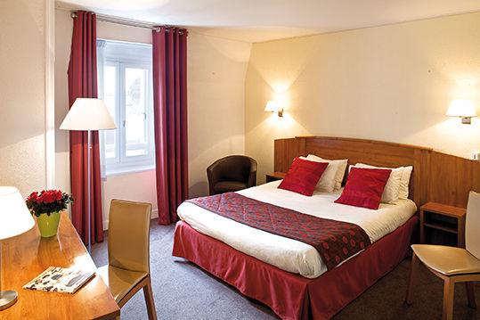 Chambre SORTI-Inter-Hotel Deauville Continental à DEAUVILLE