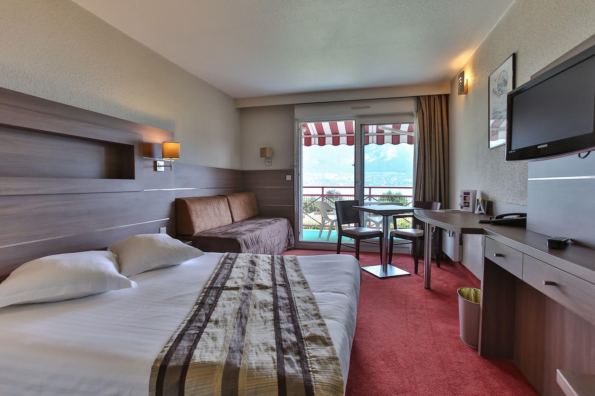 Chambre INTER-HOTEL Annecy Sud Beauregard à SEVRIER