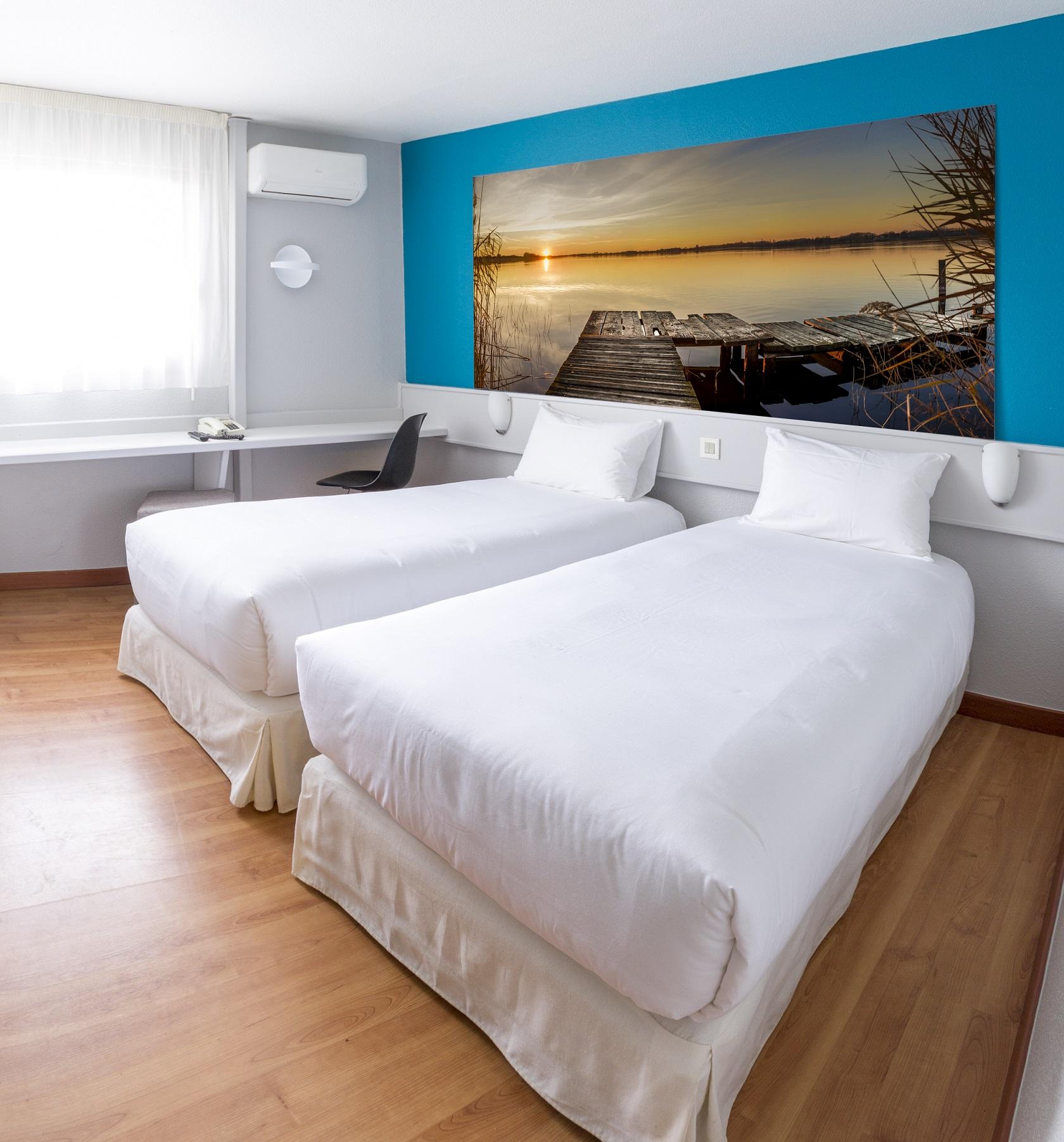 Chambre INTER HOTEL LE PUECH Logis à NARBONNE
