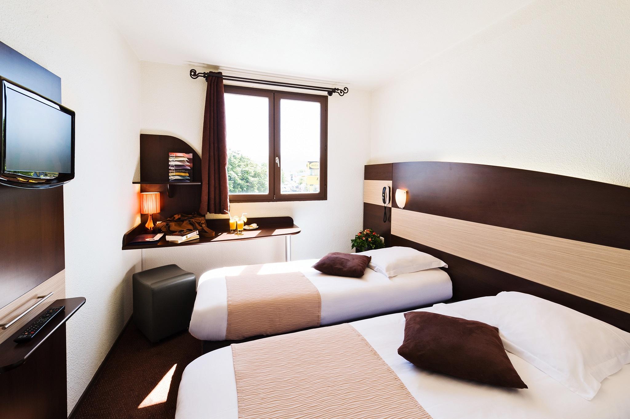 Chambre INTER-HOTEL Le Relais d'Aubagne à AUBAGNE