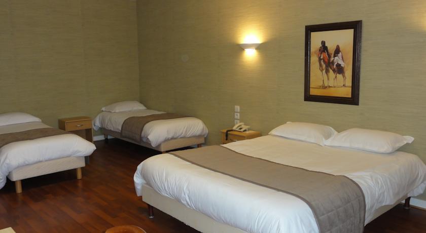 Chambre INTER-HOTEL Saint-Malo Belem à ST MALO