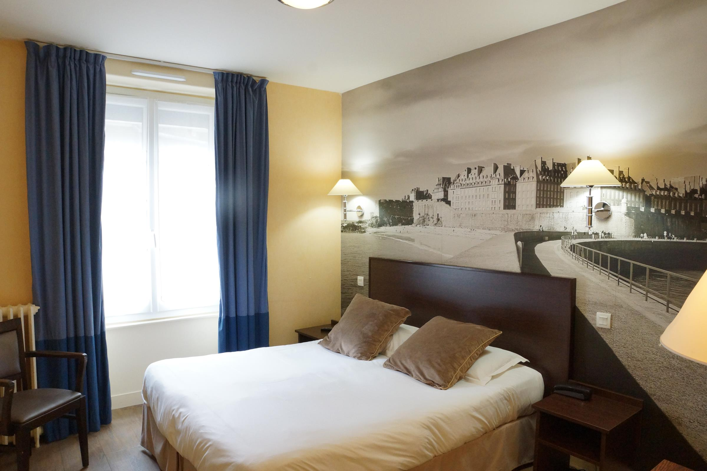 Chambre INTER-HOTEL Saint-Malo du Louvre à ST MALO