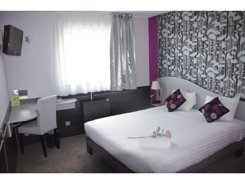 Chambre INTER-HOTEL Tours Au Relais Saint-Éloi à TOURS