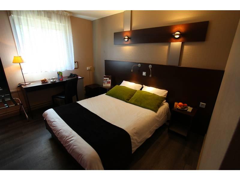 Chambre INTER-HOTEL Lille Est Grand Stade Ascotel à VILLENEUVE D'ASCQ