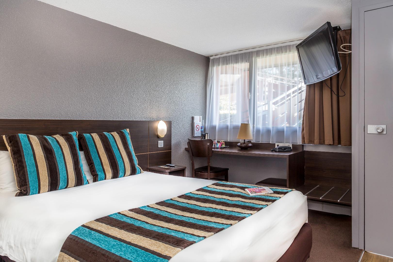 Chambre INTER-HOTEL Biarritz Aéroport Amarys à BIARRITZ