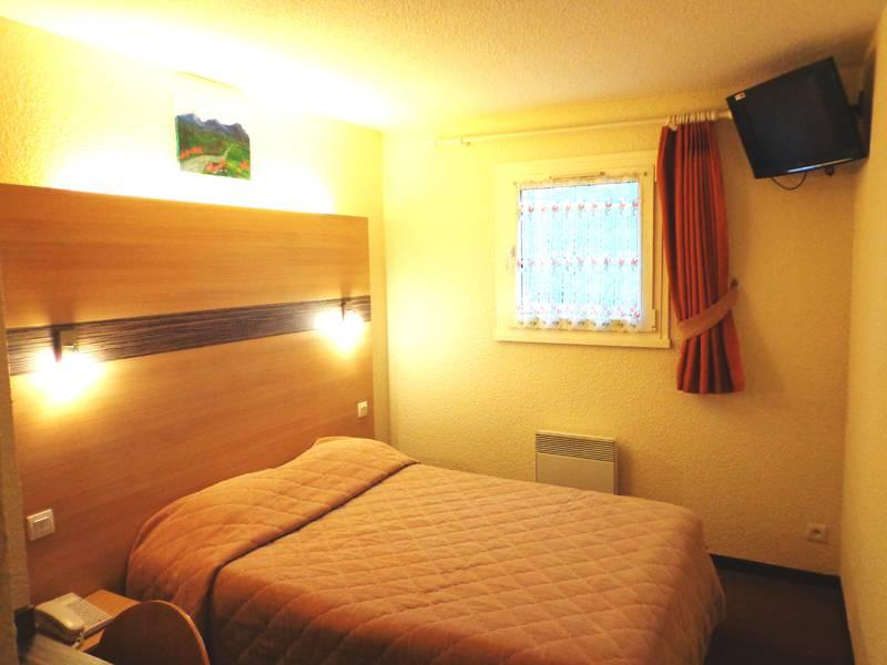 Chambre SAMHOTEL Annecy Nord à VILLY LE PELLOUX