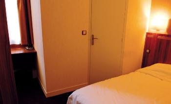 Chambre INTER-HOTEL Nantes Gare du Grand Monarque à NANTES