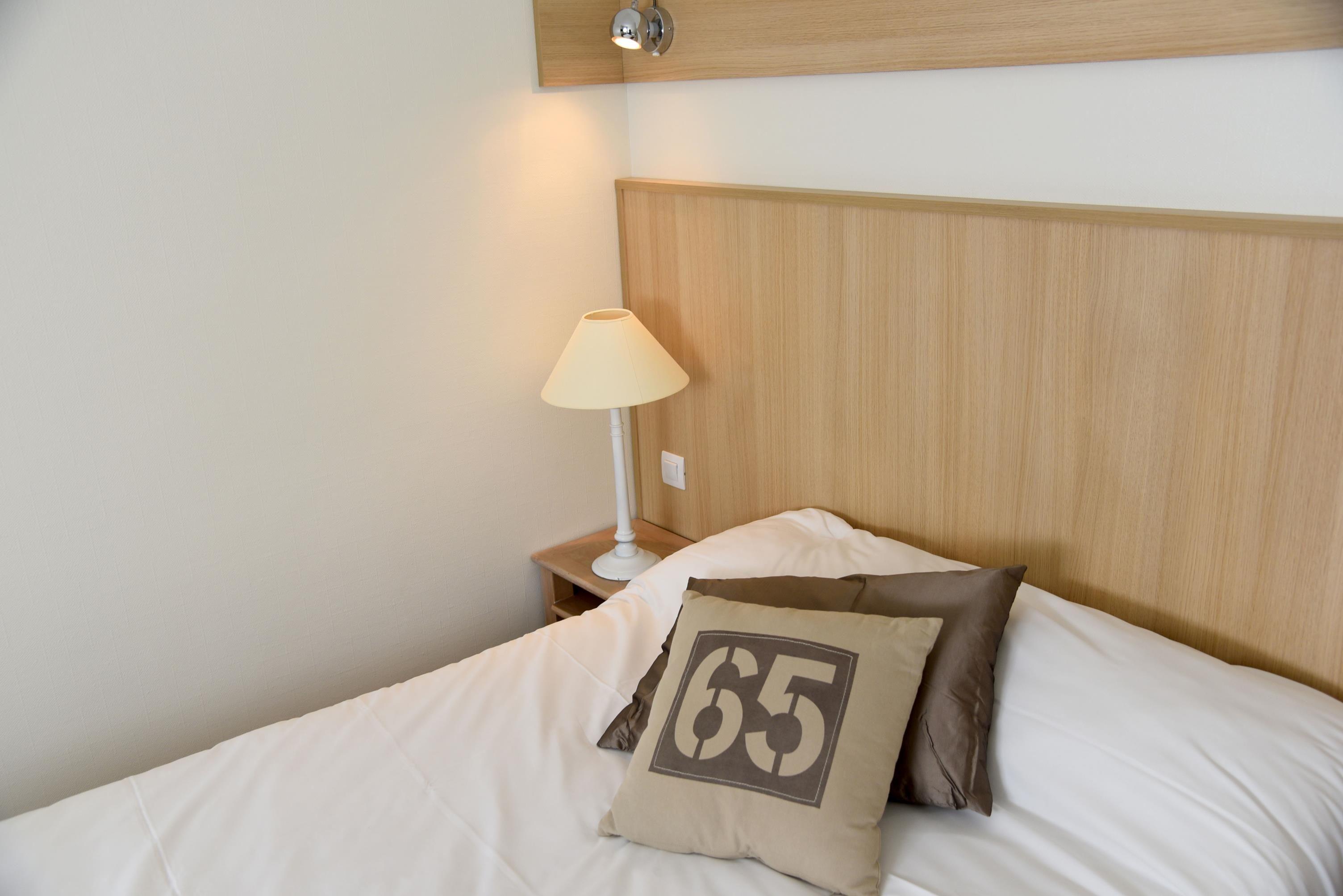 Chambre INTER-HOTEL Le Mans Chantecler à LE MANS