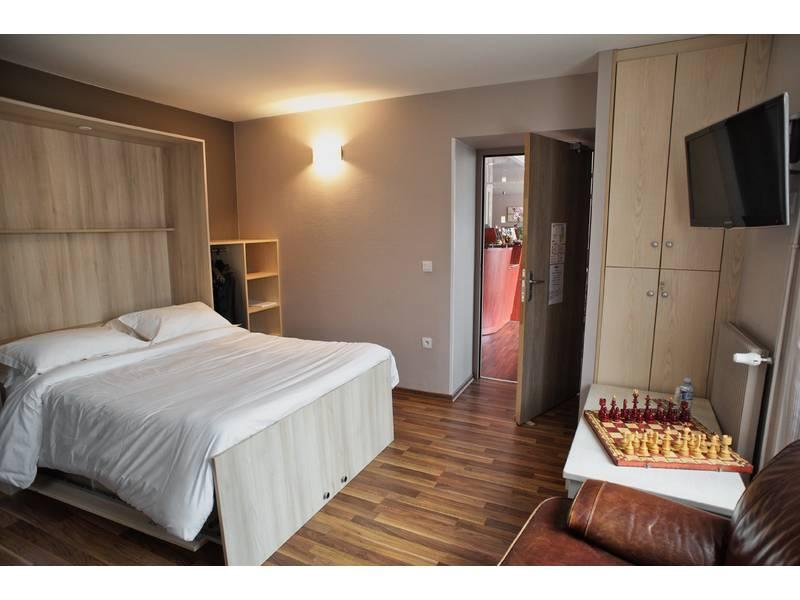 Chambre BRIT HOTEL ST MALO COURTOISVILLE - LE SURCOUF à ST MALO
