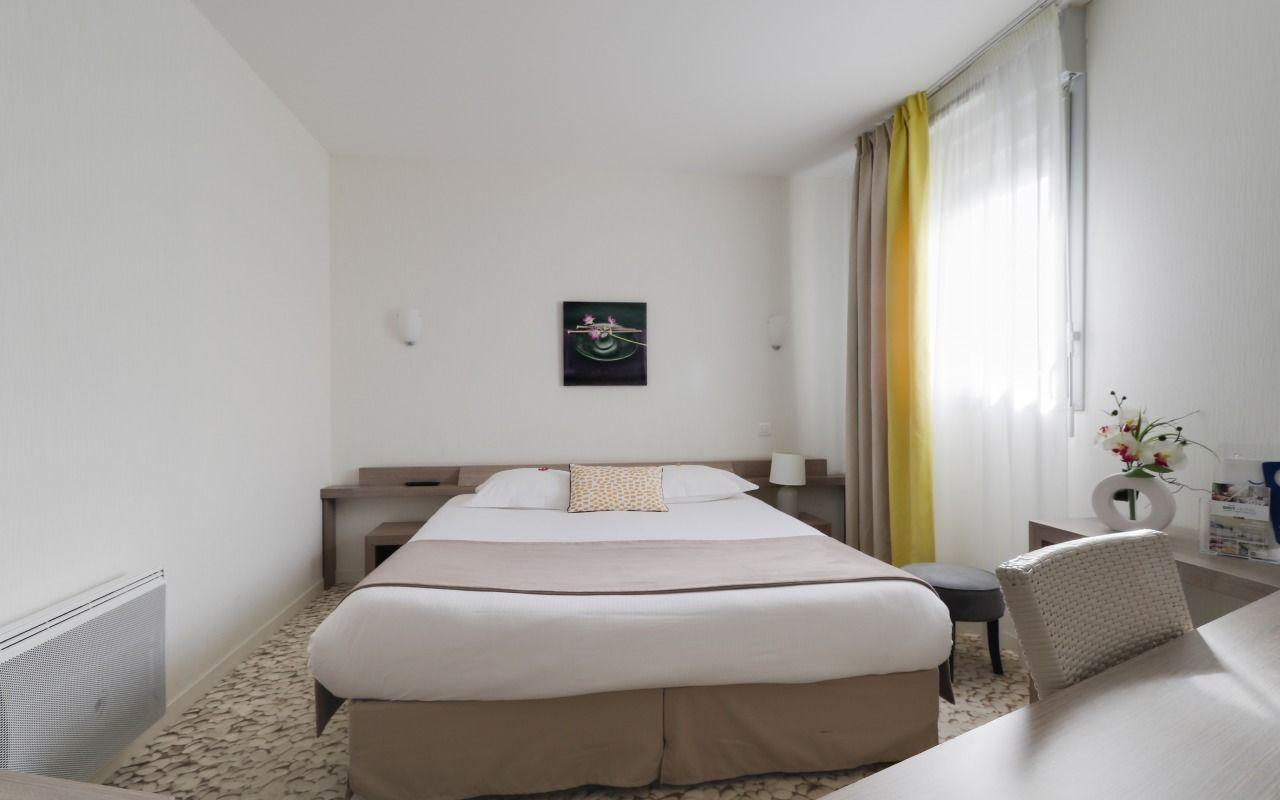 Chambre BRIT HOTEL CANCALE - L'ALGHOTEL à CANCALE