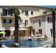 INTER-HOTEL Aix-en-Provence Nord Le Village Provençal à PERTUIS