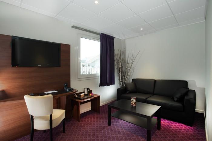 BRIT HOTEL TOURS SUD - LE CHEOPS à JOUE LES TOURS