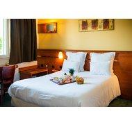 Brit hotel blois - le prema à Blois